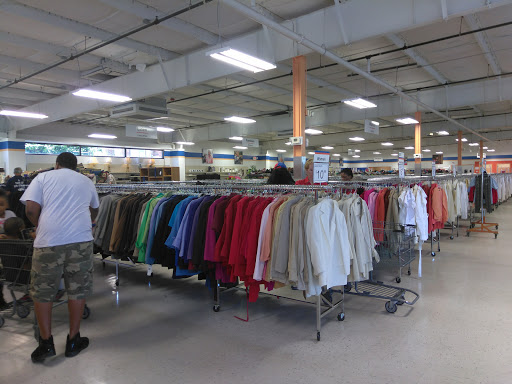 Goodwill of North Georgia: Snellville Store and Donation Center, 2340 Ronald Reagan Pkwy, Snellville, GA 30078, Thrift Store