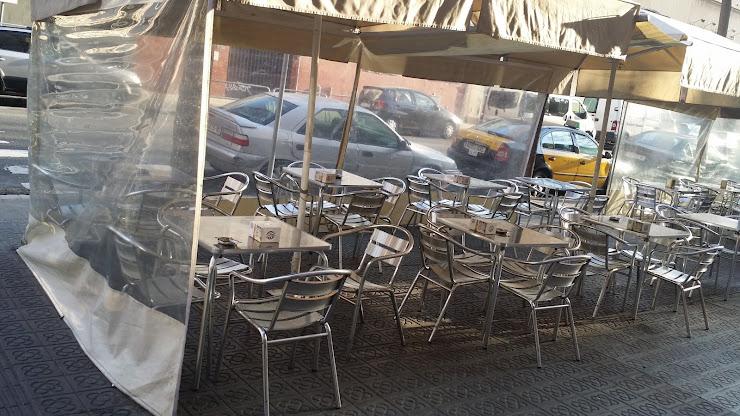 Restaurante la Cantonada Carrer de Vila i Vilà, 17, 08004 Barcelona