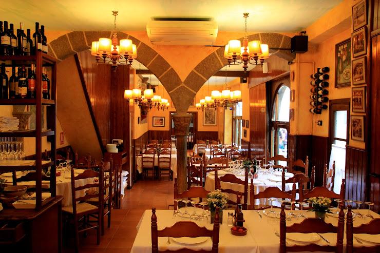 Restaurant La Font de Prades Poble Espanyol, Av. Francesc Ferrer i Guàrdia, 13-27, 08038 Barcelona