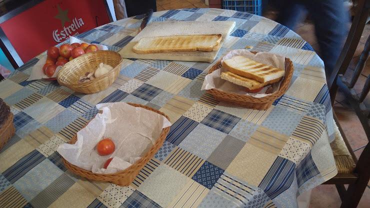 Restaurante Ca La Cília Ctra. Ullastrell, km 9, 7, 08630 Abrera, Barcelona