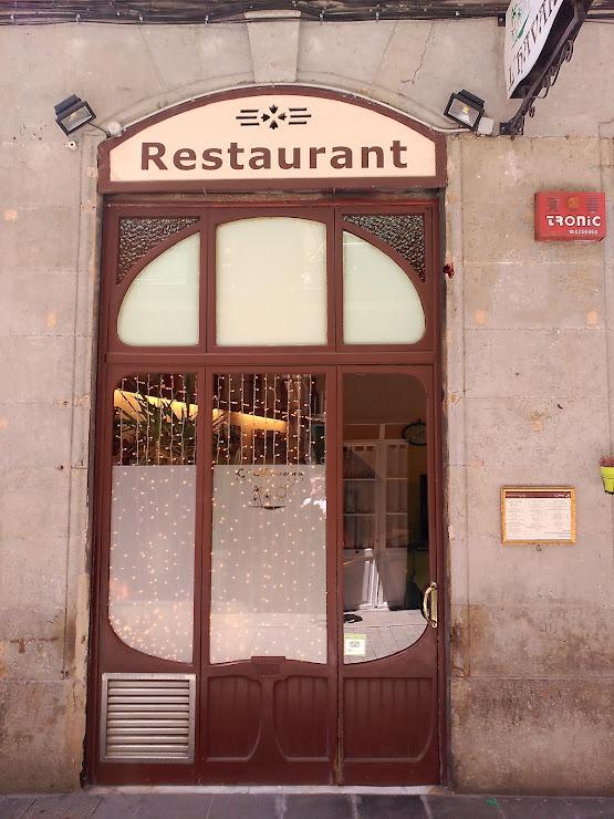 Restaurant L'havana. Cuina Catalana i de mercat Carrer del Lleó, 1, 08001 Barcelona