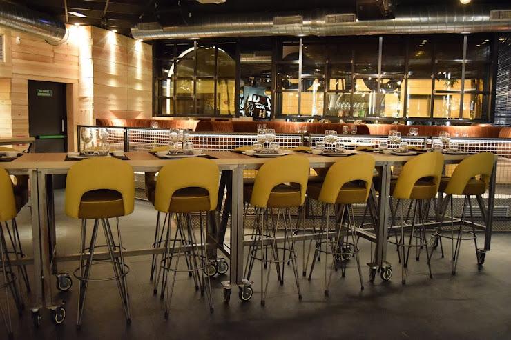 One Sushi Restaurant Carrer Figuerola, 25-29, 17001 Girona