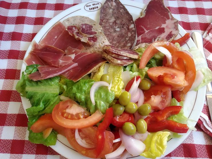 Restaurant Can Mach Carretera Tapis, 26, 17720 Tapis, Girona