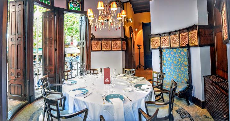 6Q Restaurant Modernista Riera Sant Domènec, 1, 08360 Canet de Mar, Barcelona