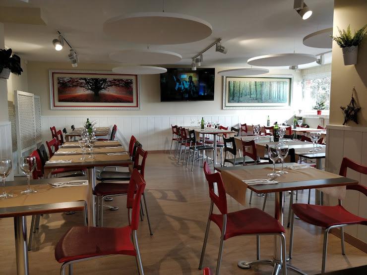 Restaurant L'Oucomballa Carrer del Marquès de Monistrol, 10, 08970 Sant Joan Despí, Barcelona