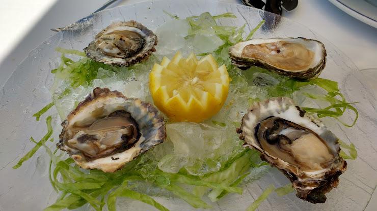 Restaurant El Rossegall Passeig Marítim, 72, 08800 Vilanova i la Geltrú, Barcelona