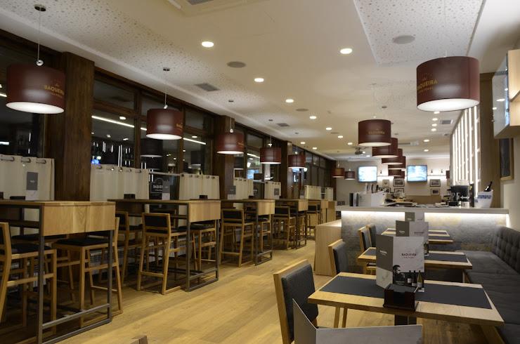 Wine Bar by Viña Pomal Núcleo 1500 Baqueira (Hotel Montarto 2, Plaza Forum), 25598 Baqueira, Lérida