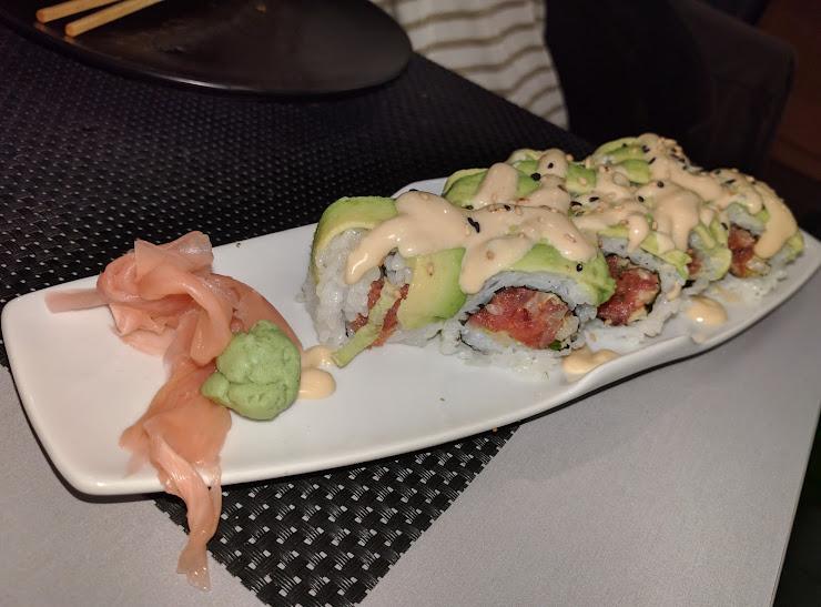 Sushi idea Carrer dels Comtes de Bell-Lloc, 186, 08014 Barcelona