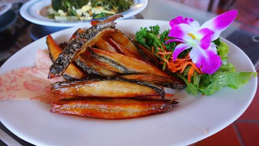 龍門客棧休閒海鮮餐廳