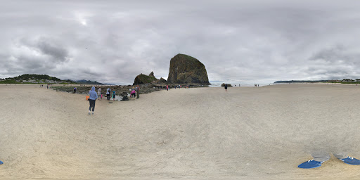 Tourist Attraction «Haystack Rock», reviews and photos, US-101, Cannon Beach, OR 97110, USA