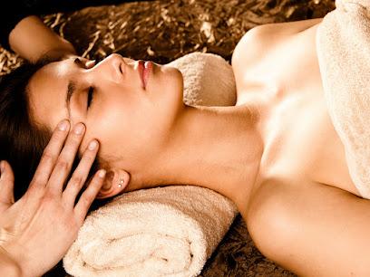 imagen de masajista Masajes Alcorcón Monica