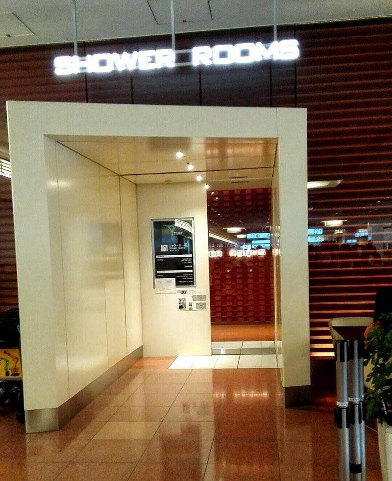 東京国際空港 シャワールーム