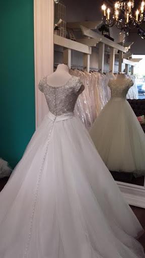 Bridal A Closet Full Of Dresses Reviews And Photos 1249 N Greenfield Rd Mesa