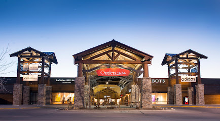 experience-wisdells-things-to-do-outlets-at-the-dells
