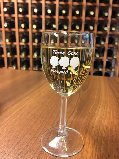 Winery «Three Oaks Vineyard LLC», reviews and photos, 1591 Crosley Rd, Granville, OH 43023, USA