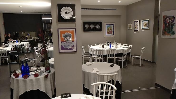 Blanc I Negre 2 Restaurante Ctra. de Cervera, 19, 1, 25310 Agramunt, Lleida