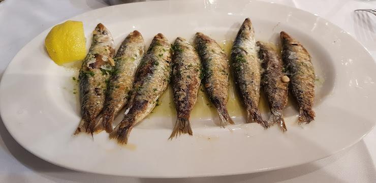 Les Barques Passeig de Miramar, 33, 43850 Cambrils, Tarragona