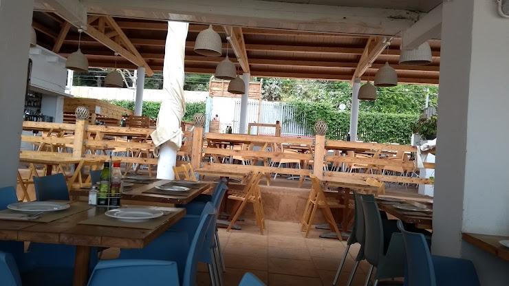 Emporium Lounge Restaurant Carrer del Mar, 19B, 08390 Montgat, Barcelona