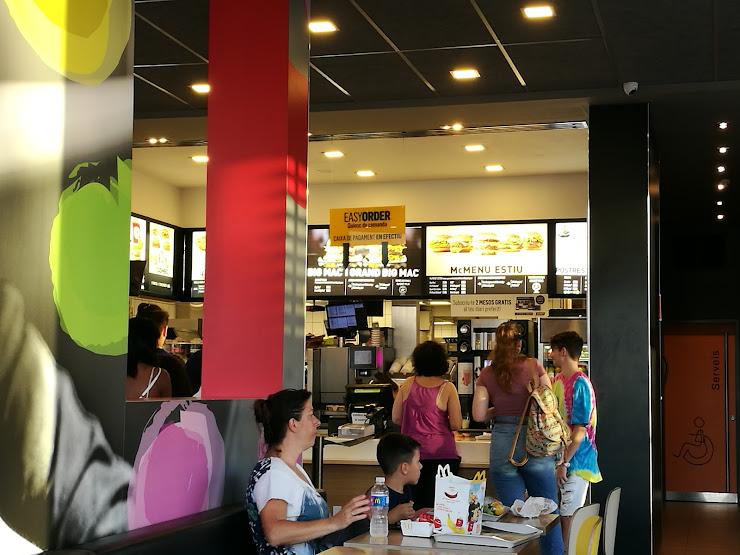 McDonald's Carrer Tarragona, 24, 08291 Ripollet, Barcelona