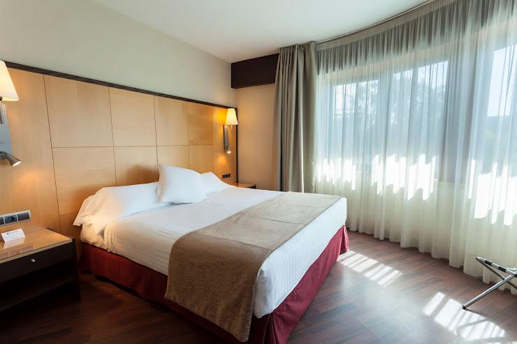 Best Western Hotel Mediterraneo Passeig Marítim, 294, 08860 Barcelona