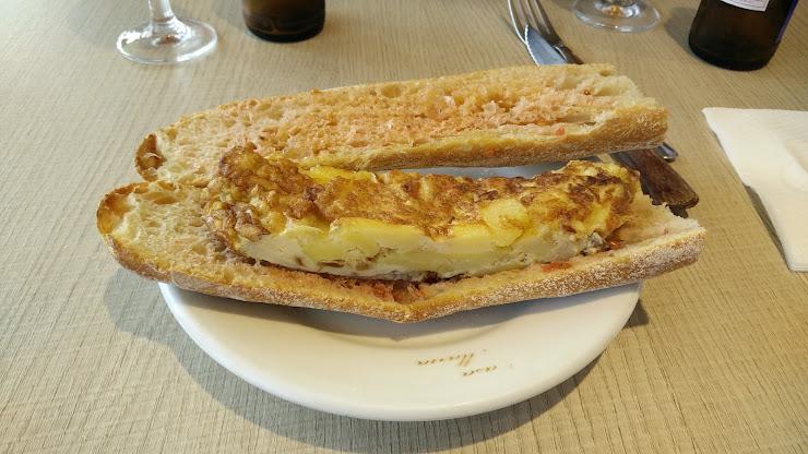Restaurant Casa Maria Carrer Sant Andreu, 132, 17834 Mata, Girona
