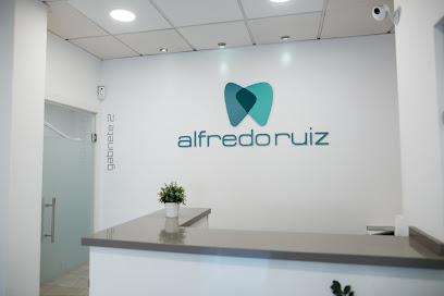 Clínica Dental Alfredo Ruiz en Córdoba