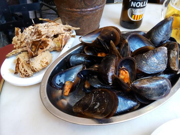 Restaurant Amigó Cascarilles Carrer de Tamarit, 181, 08011 Barcelona