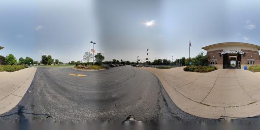 Water Park «Rainbow Falls Waterpark», reviews and photos, 200 Reverend Morrison Boulevard, Elk Grove Village, IL 60007, USA