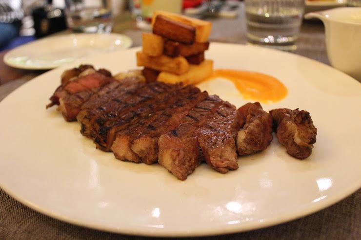 Tendiez Barcelona Restaurant & Tapas Bar Av. del Litoral, 10, 08005 Barcelona