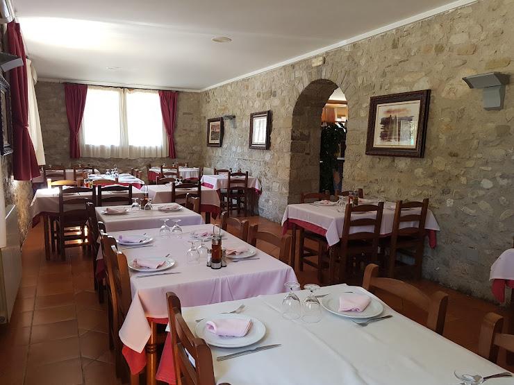 Restaurant Montserrat Plaza Major, 5, 17850 Bauda, Girona
