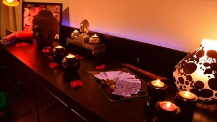 imagen de masajista Deray Terapias