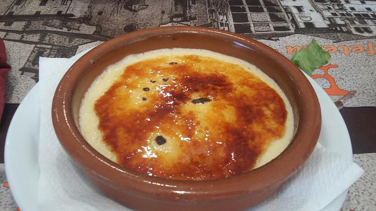 Pizzeria El Pont Carrer de Barcelona, 71, 08510 Roda de Ter, Barcelona