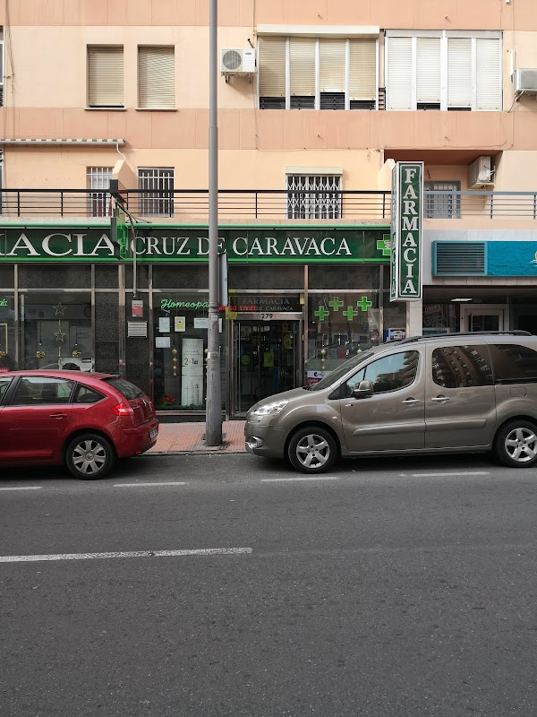 Farmacia Cruz de Caravaca
