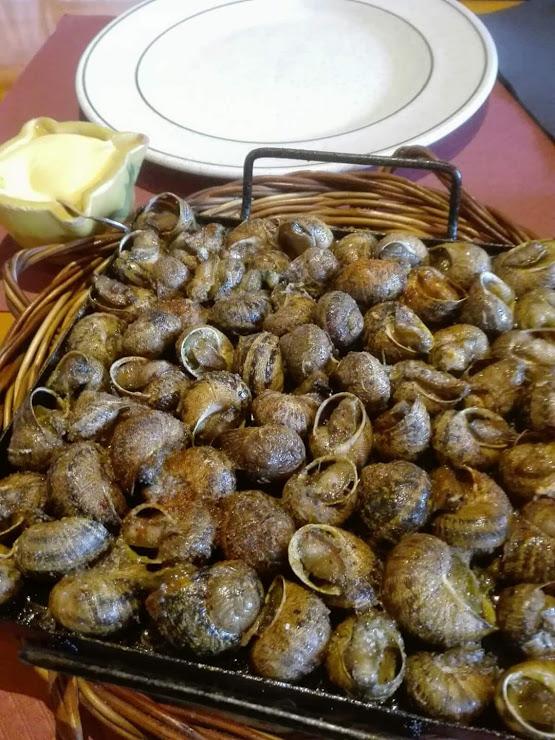 Pedrafita Restaurant Avinguda de la Pedra Fita, 19, 43772 Botarell, Tarragona