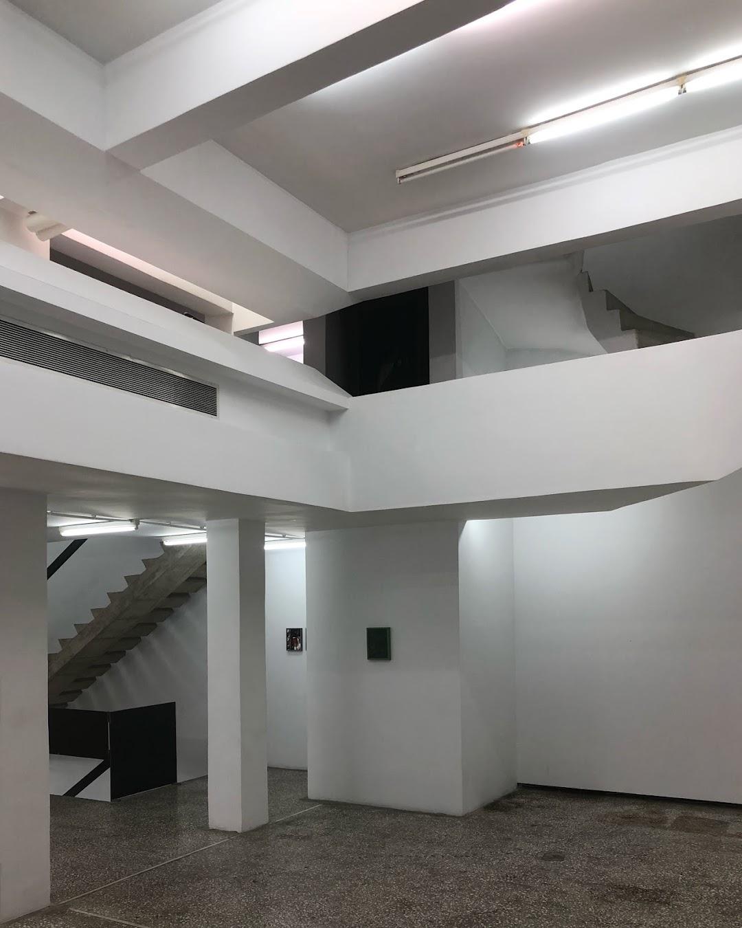 Breeder Gallery (The)