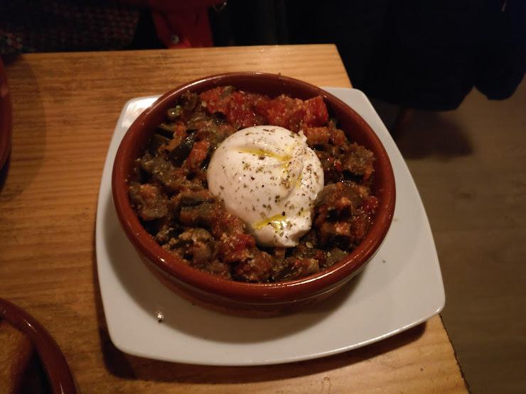 Meraklís: simple & delicious food Carrer dels Enamorats, 130, 08026 Barcelona