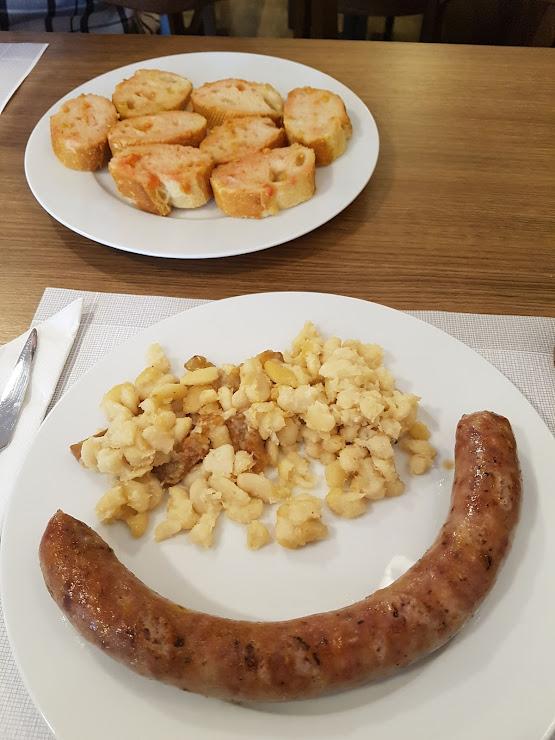 Restaurant Pep Truch Carrer Major, 3, 08317 Òrrius, Barcelona