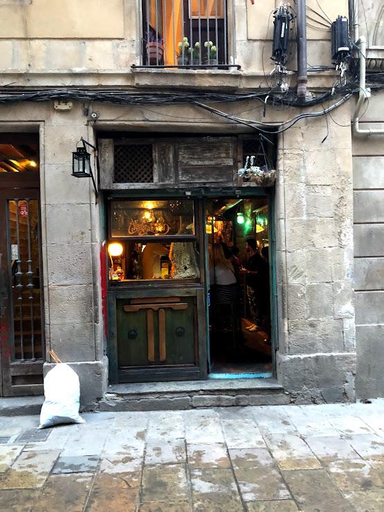 La Alcoba Azul - Tapas Carrer de Salomó ben Adret, 14, 08002 Barcelona