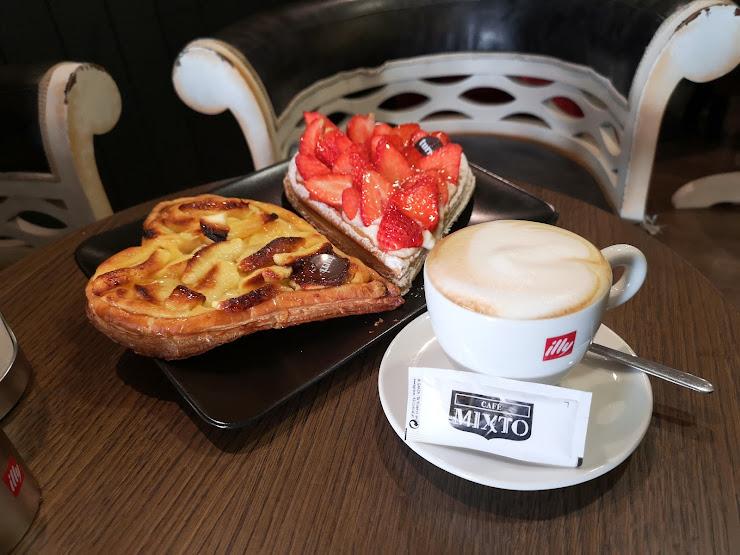 MIXTO CAFÉ Carrer de Pau Claris, 183, 08037 Barcelona
