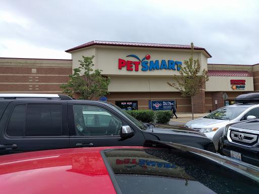 Pet Supply Store «PetSmart», reviews and photos, 4465 US-14, Crystal Lake, IL 60014, USA