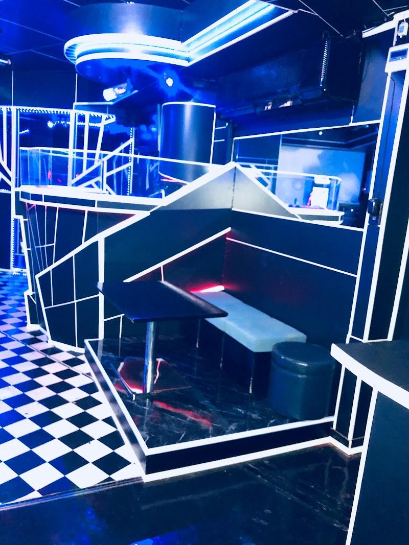 Tropicana International Bar & Club
