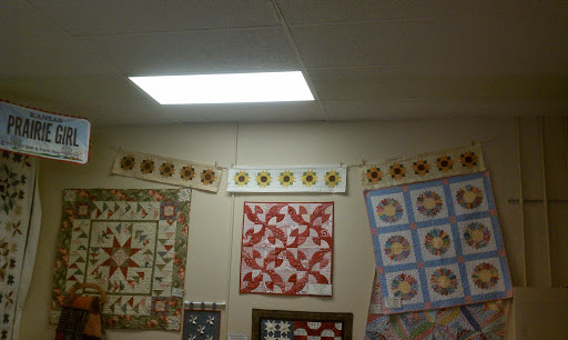 Fabric Store «Prairie Point Quilt & Fabric Shop», reviews and photos, 11950 Shawnee Mission Pkwy, Shawnee, KS 66216, USA