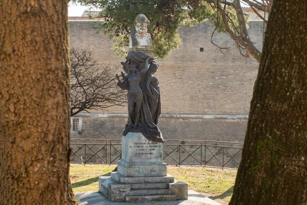Statua di Terenzio Mamiani