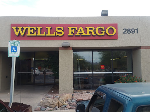 Bank «Wells Fargo Bank», reviews and photos