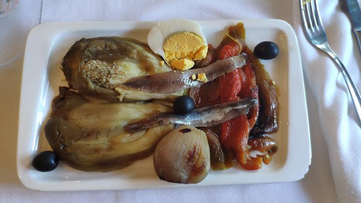 Restaurant CAL ESTRAGUÉS Carrer de l'Església, 4-6, 08569 Rupit i Pruit, Barcelona