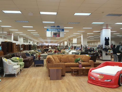 Cleveland Furniture Bank, 13360 Smith Rd, Middleburg Heights, OH 44130, USA,