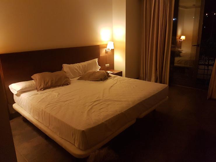 Hotel Barcelona Golf Carretera Martorell-Capellades, Km 19.5, 08635 Sant Esteve Sesrovires, Barcelona