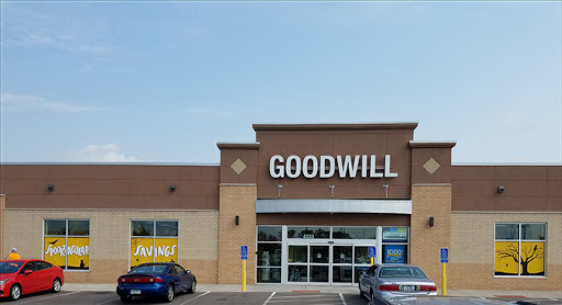 Goodwill - Lakeville, 17625 Kenrick Ave, Lakeville, MN 55044, Thrift Store