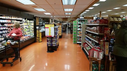 Supermarket «Wegmans», reviews and photos, 4256 James St, East Syracuse, NY 13057, USA
