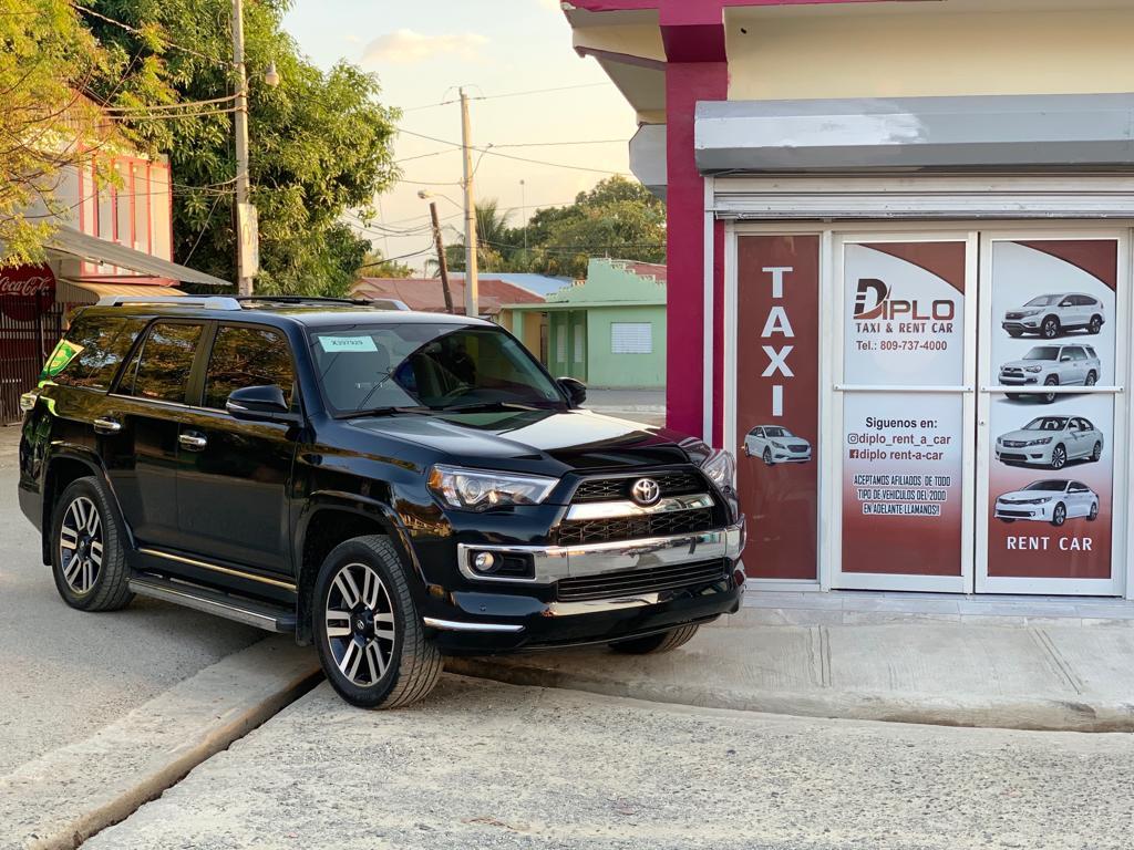 Diplo Taxi & Rent A Car